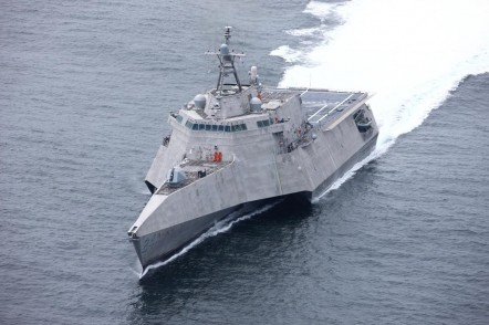 USS Oakland LCS24