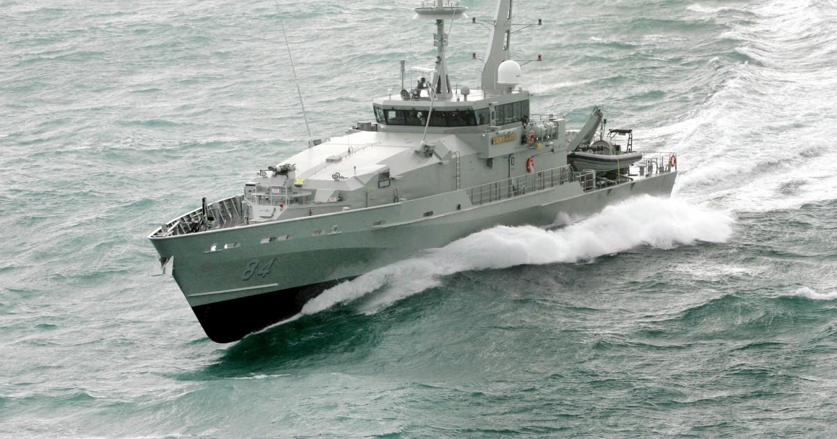 austal awarded armidale class patrol boat remediation work